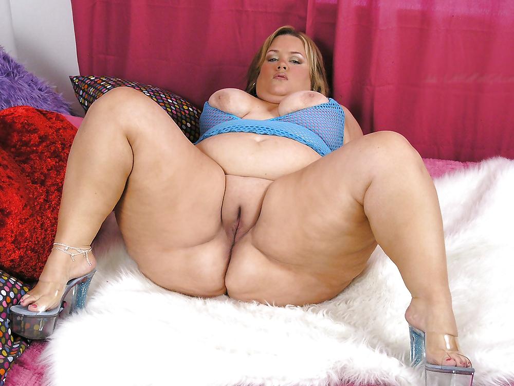 BBW chubby supersize big tits huge ass women 5 Porn Pics #13538942