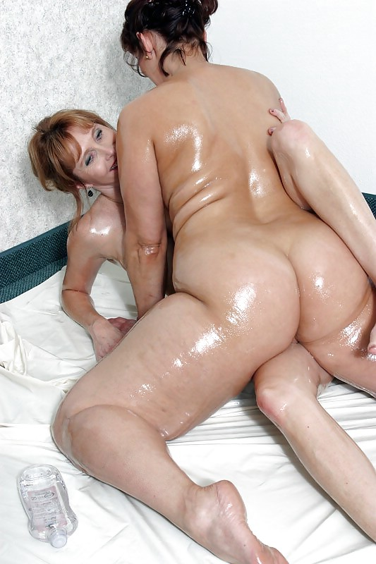 BBW chubby supersize big tits huge ass women 5 Porn Pics #13539332