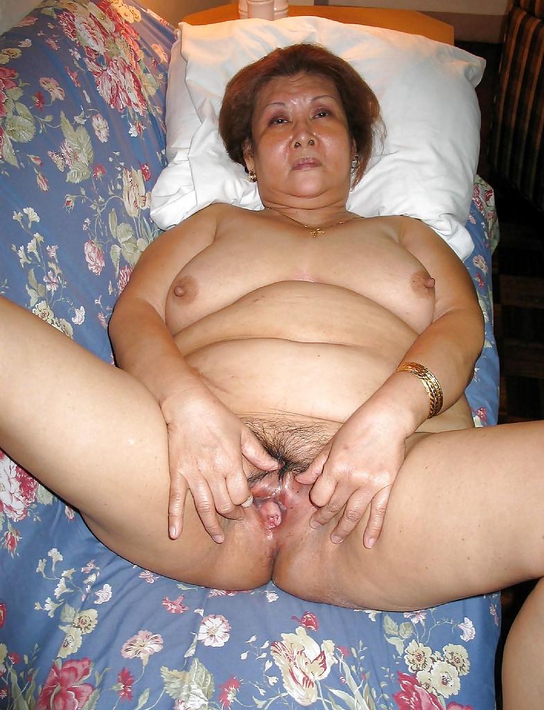 Les salopes ( granny ) Porn Pics #12070897