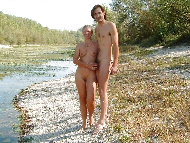 Couples Standing Naked Together  Porn Pics #1336229