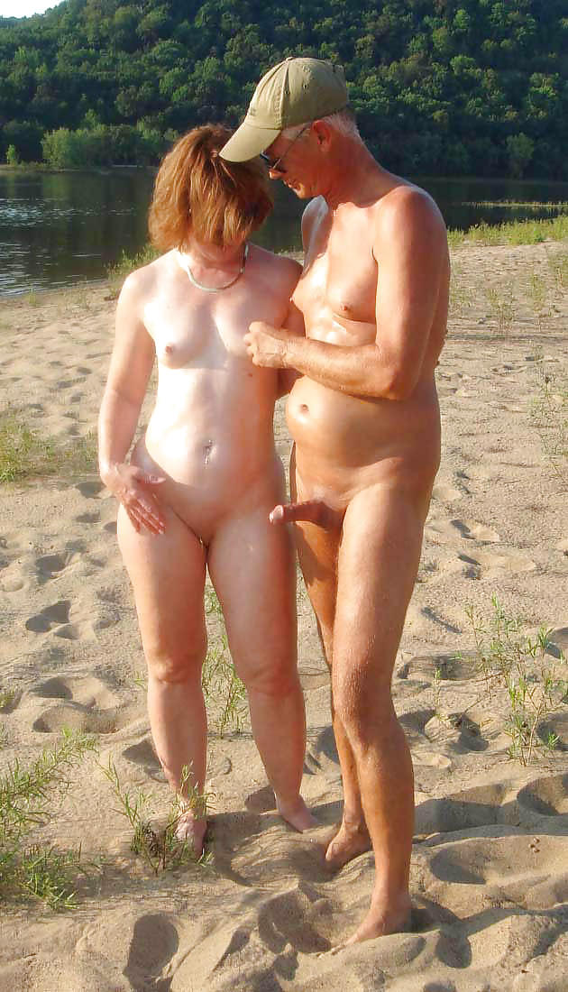 Couples Standing Naked Together  Porn Pics #1337044
