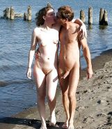 Couples Standing Naked Together  Porn Pics #1336032