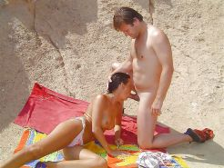 AMATEURS ONLY     COUPLE ON THE BEACH Porn Pics #20972197