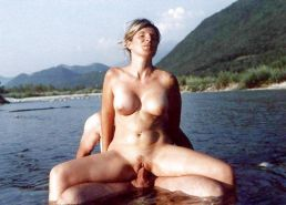 Sex Outdoors 15