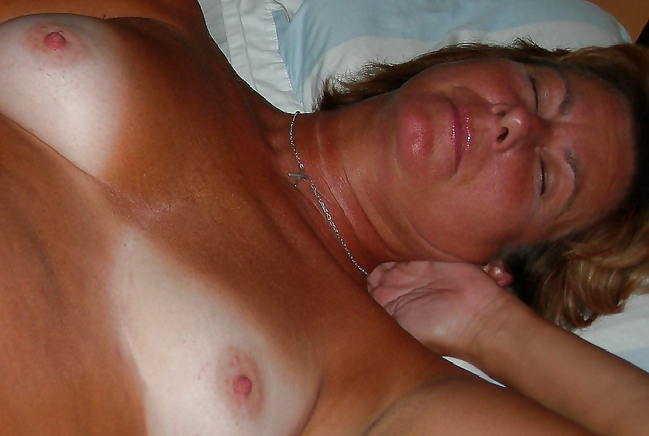 Sexy Italian Mature with tan lines (Camaster) Porn Pics #17903030