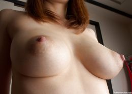 A Japanese mature woman's various enormous breasts. Part1