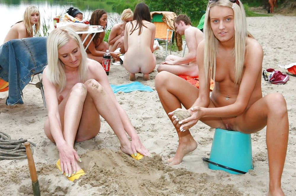 Nudist Party & Events with Hot Girls Porn Pics #10298636