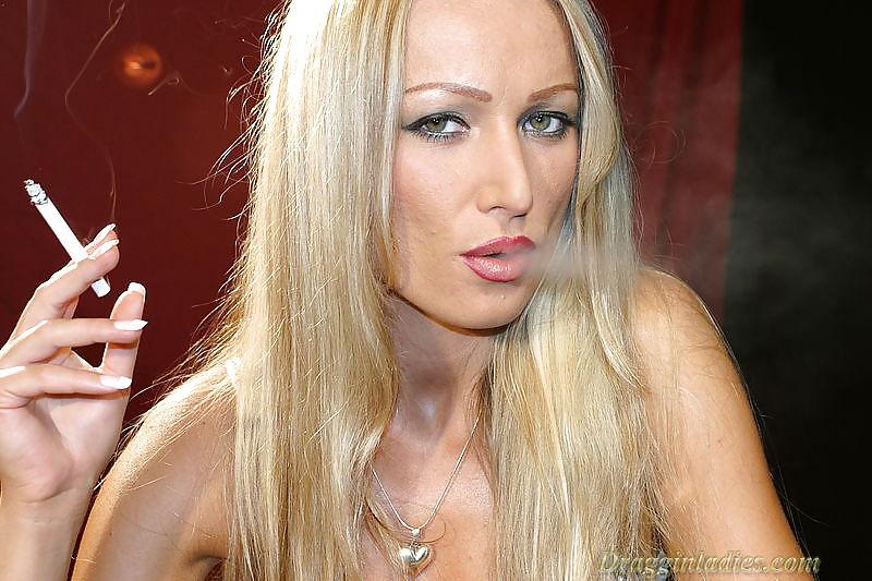 Diana Doll - Smoking Fetish at Dragginladies Porn Pics #5655604
