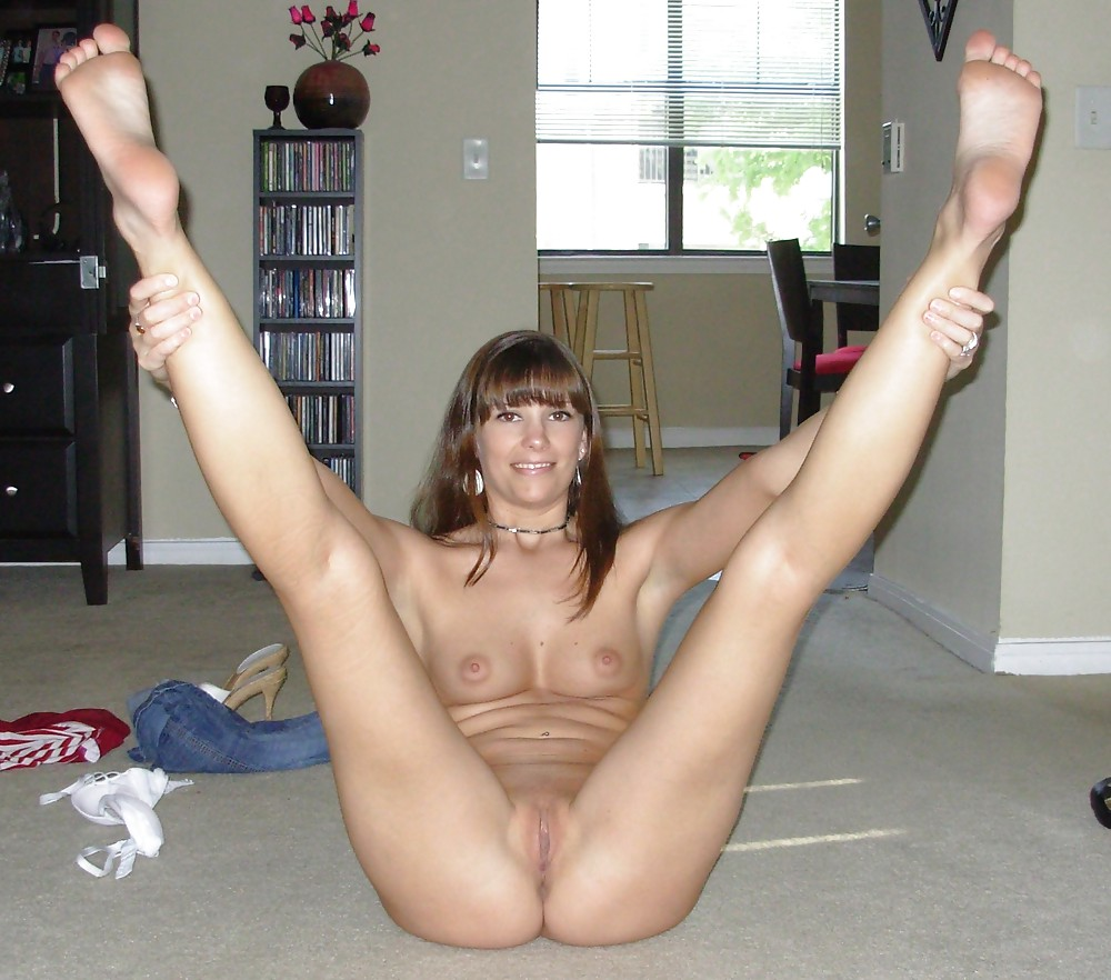 More mature moms and wives posing and getting used Porn Pics #10246343
