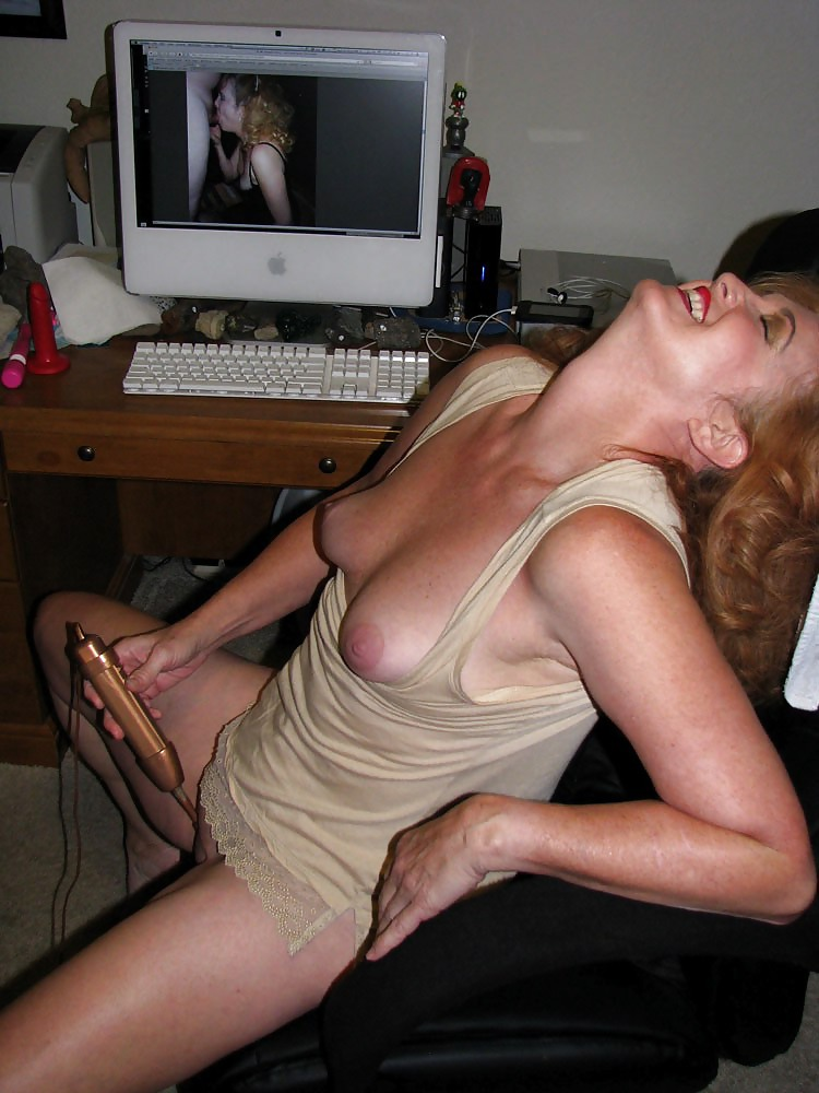 More mature moms and wives posing and getting used Porn Pics #10246471