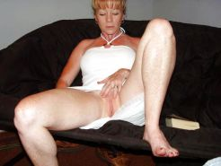 Moms, milfs and wives spreading their legs #2268638