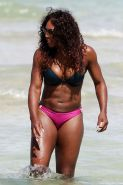 Serena williams in a bikini post by tintop
