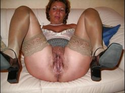 Hairy mature spreading #20397410