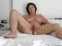 Hairy mature spreading #20397436