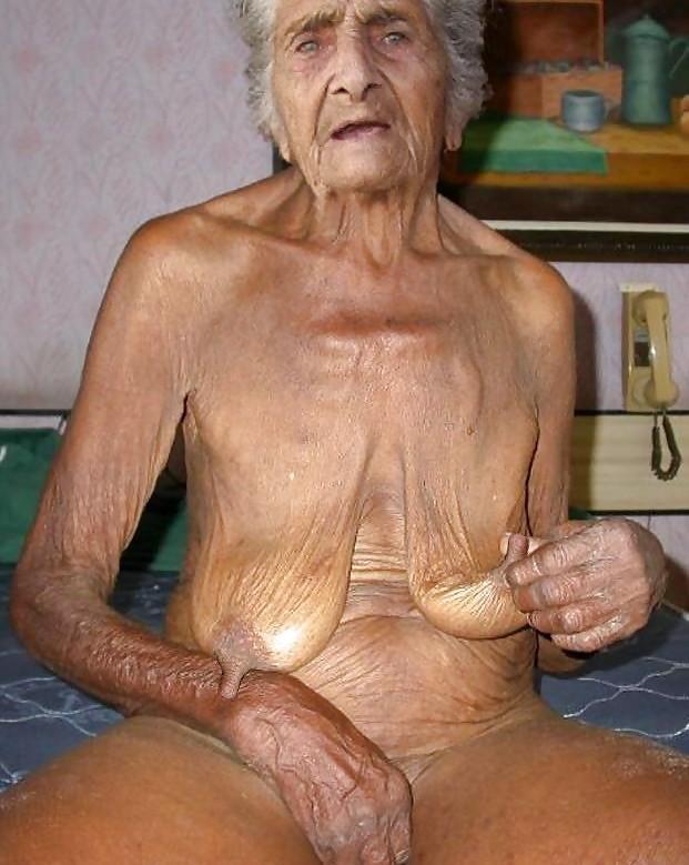 Les salopes ( granny ) Porn Pics #19658048