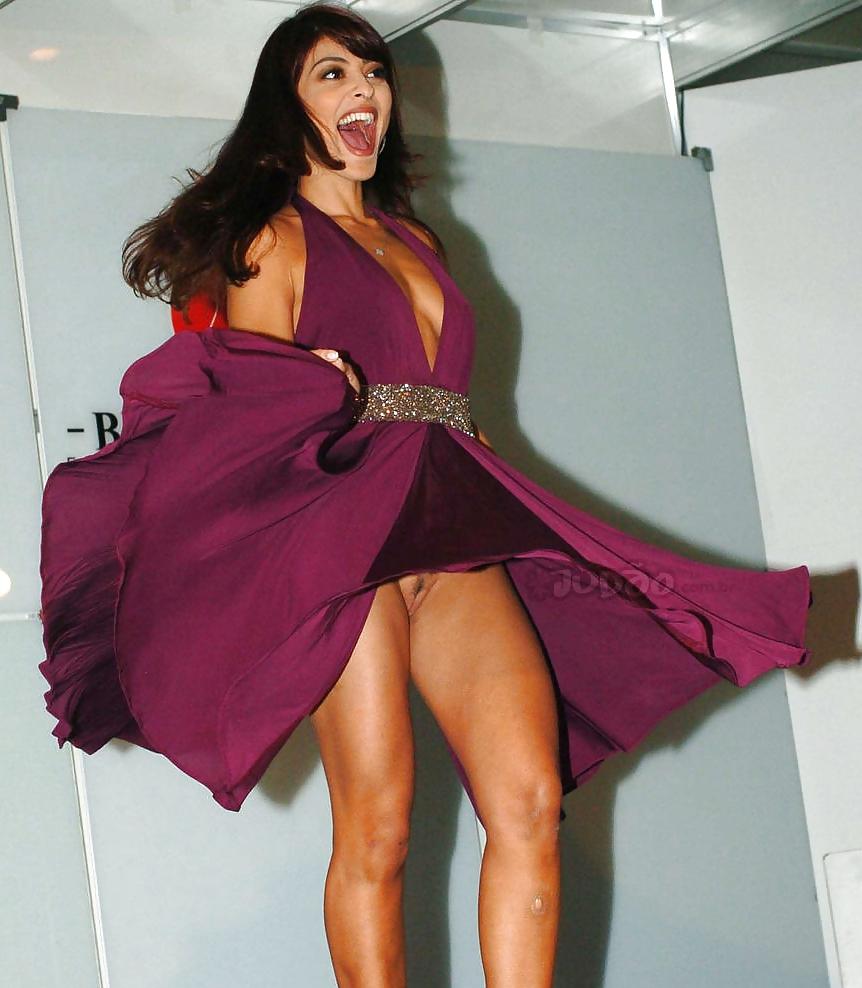 Upskirt No Panties #rec Amateur showing pussy PublicNudity 4 Porn Pics #10309636