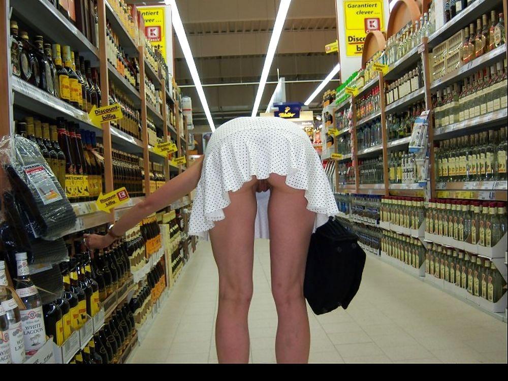 Shopping and flashing ( store voyeur ) Porn Pics #13271453