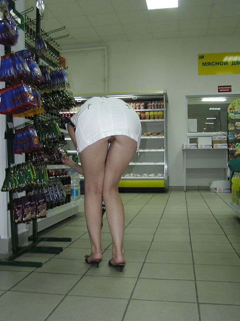 Shopping and flashing ( store voyeur ) Porn Pics #13271503