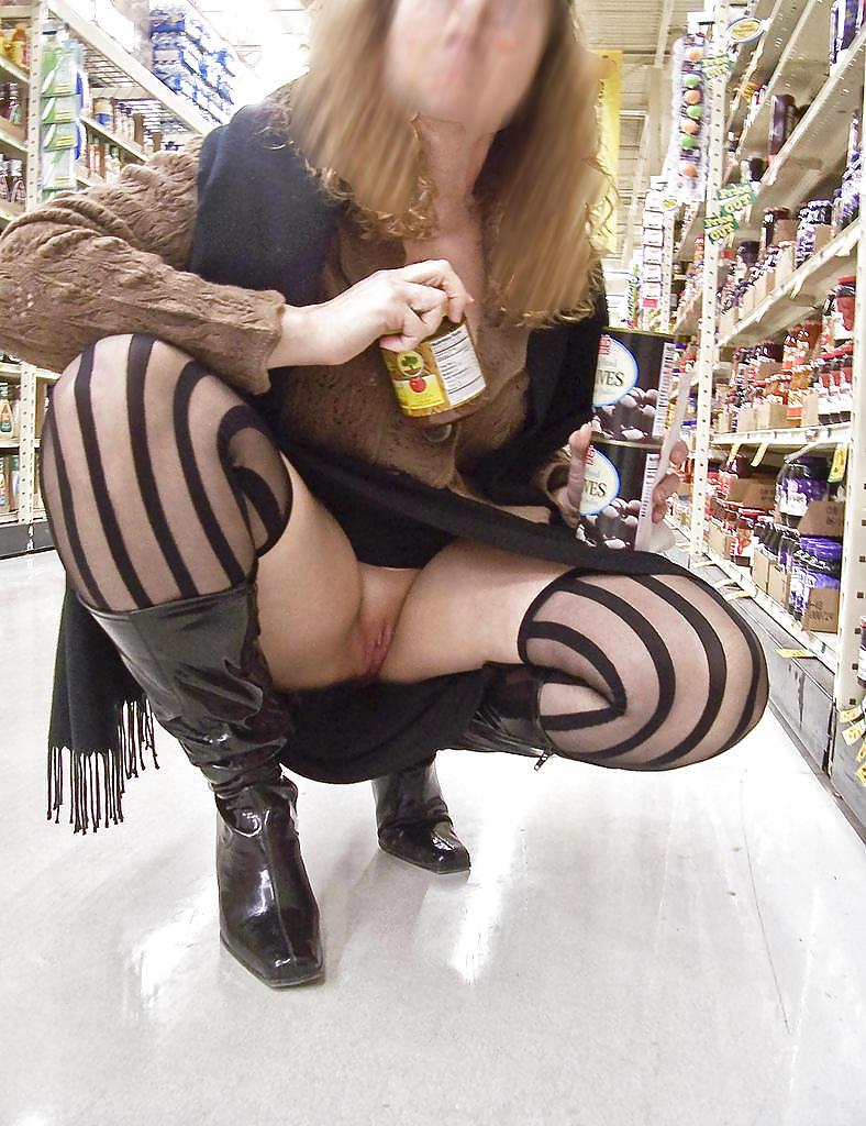 Shopping and flashing ( store voyeur ) Porn Pics #13271608