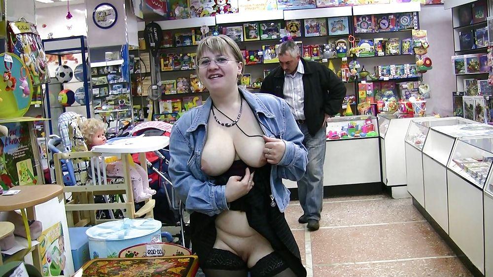 Shopping and flashing ( store voyeur ) Porn Pics #13271836