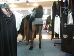 Shopping and flashing ( store voyeur )