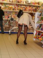 Shopping and flashing ( store voyeur ) #13272014