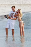 Heidi Montag showing off her Butt in a Bikini at the Beach