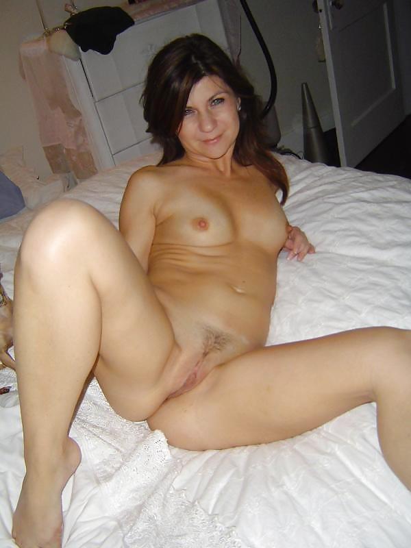 Amateur Curvy Milf Mature Moms II Porn Pics #21291367