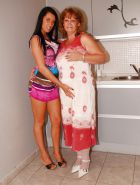 OLD & YOUNG LESBIANS XI #8427010