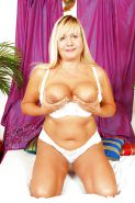 Mature busty 33 (Hardcore special)