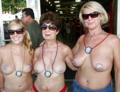 Moms and not their daughters... By Gonget Porn Pics #15480148