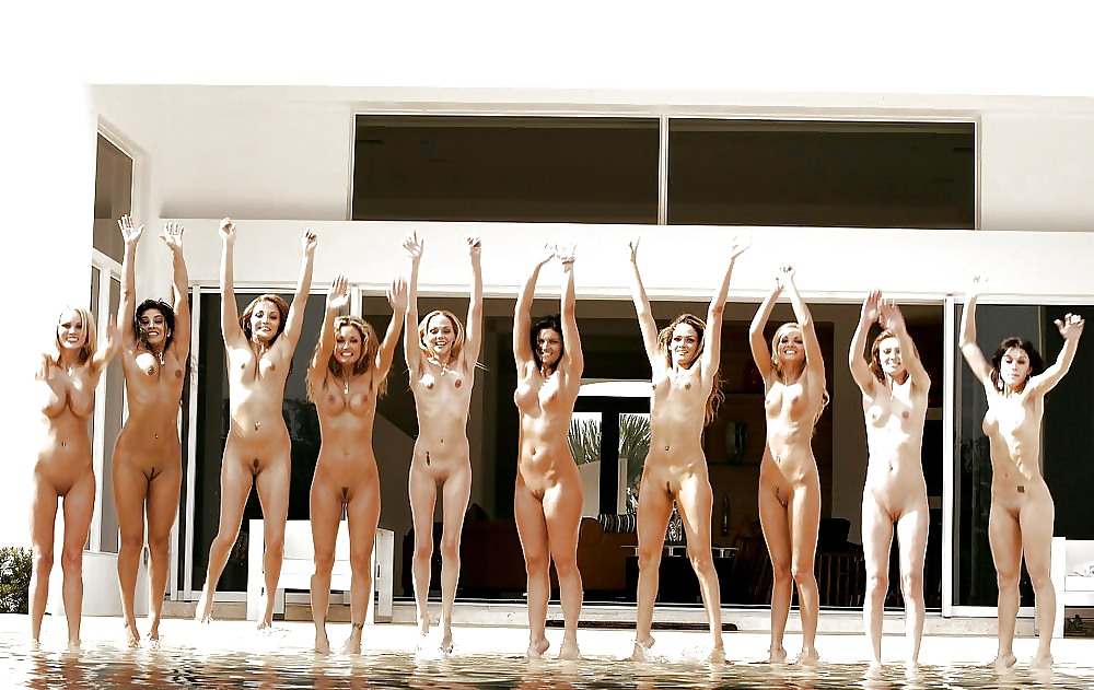 Wives naked in groups Porn Pics #11881835