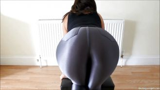BIG ASS SILVER SPANDEX BOOTY CULO GRANDE BUBBLE BUTT