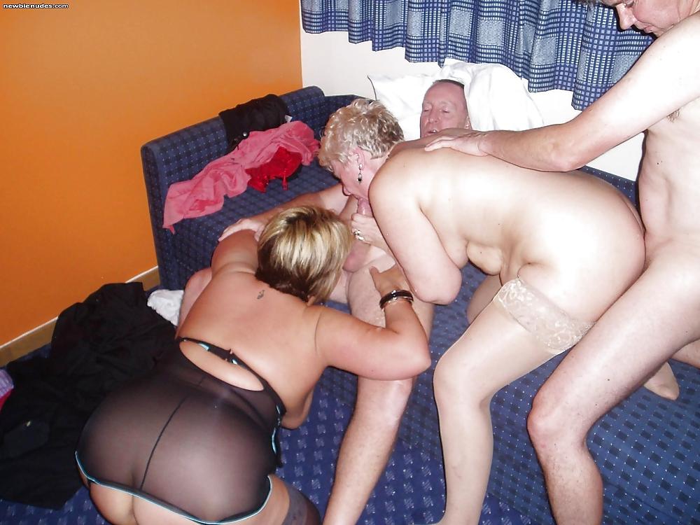 Group Sex Amateur Swingers #rec Voyeur G5 Porn Pics #18695576