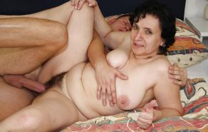 MOTHER  & SON's friend        (OLD -MATURE BBW ) #603059