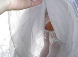 Wedding Brides- Partyhose-Stocking Upskirts, Oops!