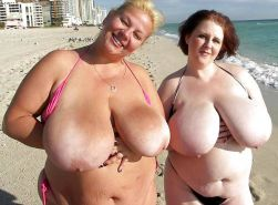 Beautiful Nude Beach Babes 4 by TROC Porn Pics #10385321