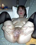 Amateur matures with toy