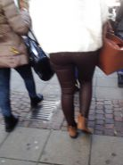 Candid Ass in leather Pants - Voyeur