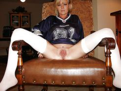 Your mom spread for the football team 9