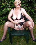 Flashing Grannys & Matures