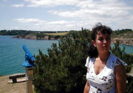 FRENCH NADINE flashing on a Brittany beach 2003