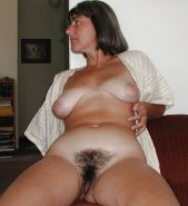Matures, Milfs, Amateurs & Housewives!