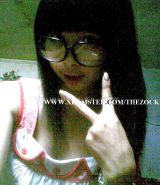 Vietnamese School babe with Glasses does some mirror shot