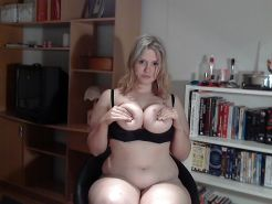 Awesome chubby amateur girl