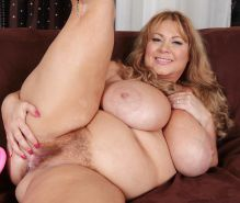 Collection of women with hairy pussy 25 (chubby, fat, BBW) #23637764
