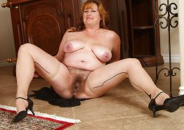 Collection of women with hairy pussy 25 (chubby, fat, BBW) #23638072
