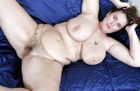 Collection of women with hairy pussy 25 (chubby, fat, BBW) #23638235
