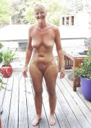 MATURE  AND GRANNY SHOW THEIR BITS 2 #31454778