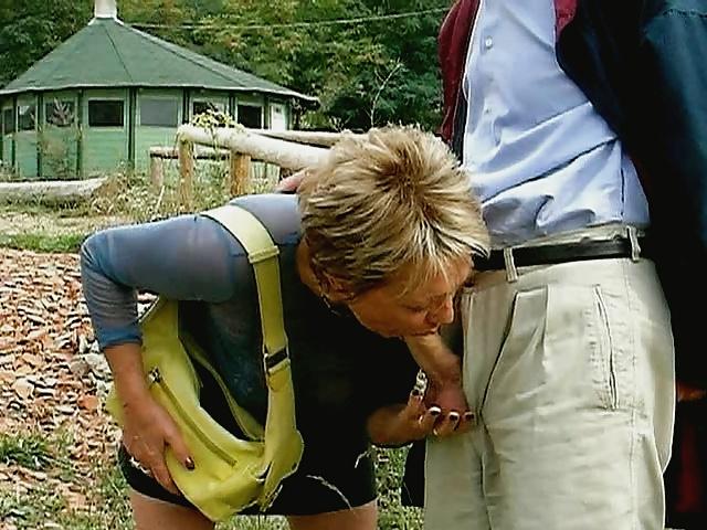 Grannies mature milf blowjob handjob sucking 3 #33840573